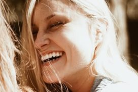 5 Common Dental Issues for Women in their 50s & What to Do